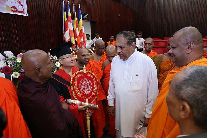 斯里蘭卡國會發言人代表總統邀請寬如法師參加2017年5月國際衛賽節